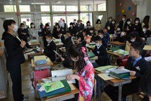 教室での様子4